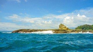 Les eaux de l'île de Gorgona en Colombie