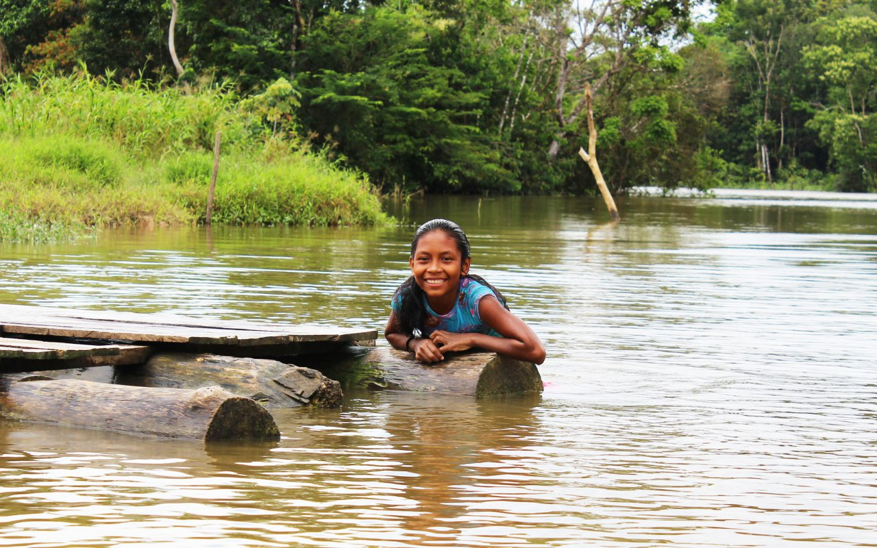 Granddaughter of an indigenous community in the Amazon
